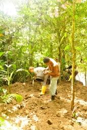Luis and Nina digging